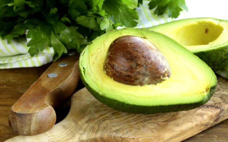 Benefícios e propriedades do abacate